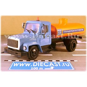 Gaz 3307 Russian Recycling Street Cleaner Sweeper Garbage Truck 1:43 D43R1435