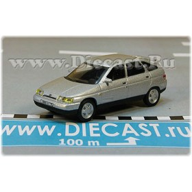 Lada Vaz 112 2112 Russian Hatchback 1998 Color Silver 1:72 D72H1888