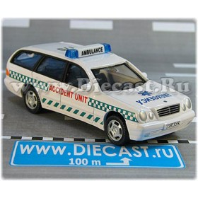 Mercedes Benz 300 British Ambulance Accident Unit Uk 1:43 D43R0065