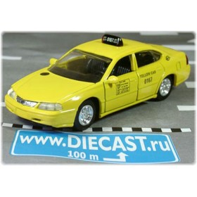 Chevrolet Impala 2000 New York City Yellow Taxi Cab USA 1:43 D43D0696