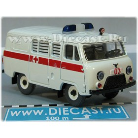 Uaz 39099 (no Rear Windows) Russian Ambulance White w Stripe Tinted 4x4 Awd Minibus 1:43 D43R1920