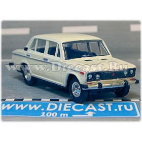 Lada Vaz 2106 1600 ( Fiat 124 Berlina ) Handmade Color White 1:43 D43R1763
