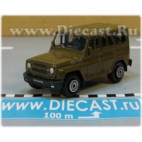 Uaz Hunter 31519-095 Suv 4x4 Off-Road Aka Russian Jeep Color Olive (Military) Green 1:60 D60W1940