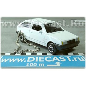 Lada Vaz 2108 Samara Russian Coupe Color White Keyring 1:60 D43W1187