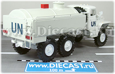 Ural 4320 united nations russian army un military fuel tanker truck 1